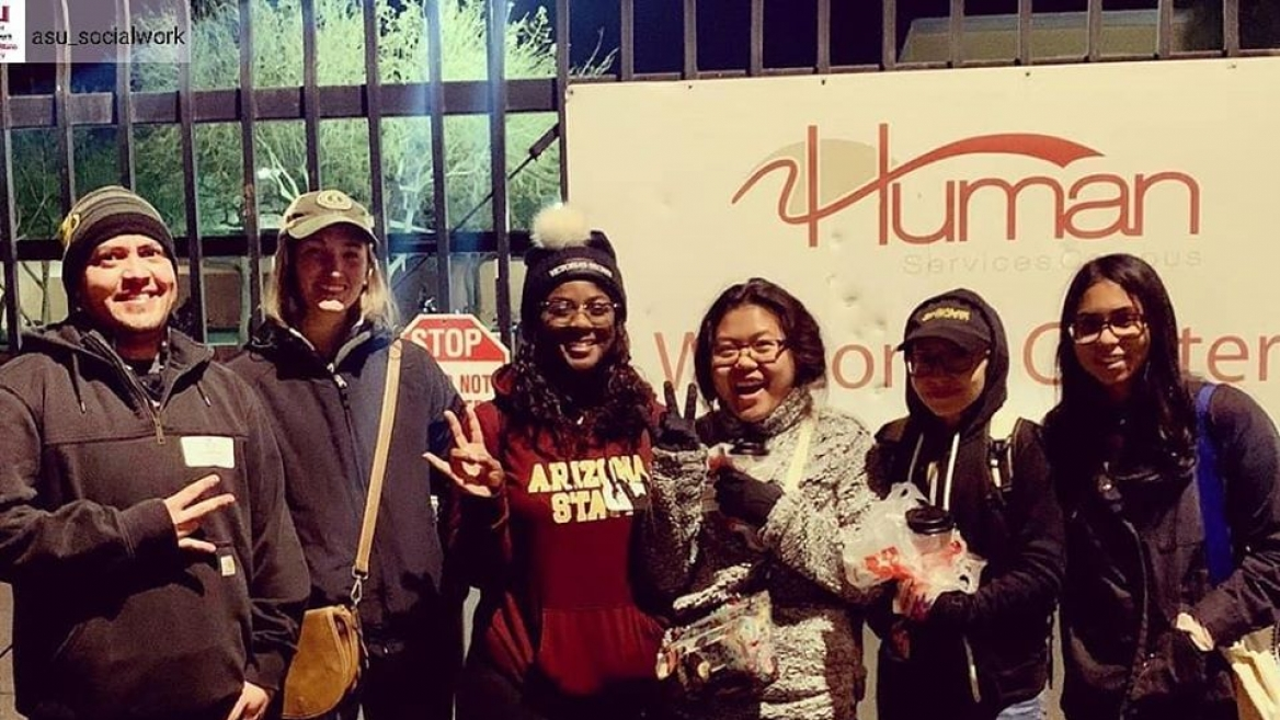 Homeless count volunteers from Watts College visit people on Phoenix streets 1-28-2020